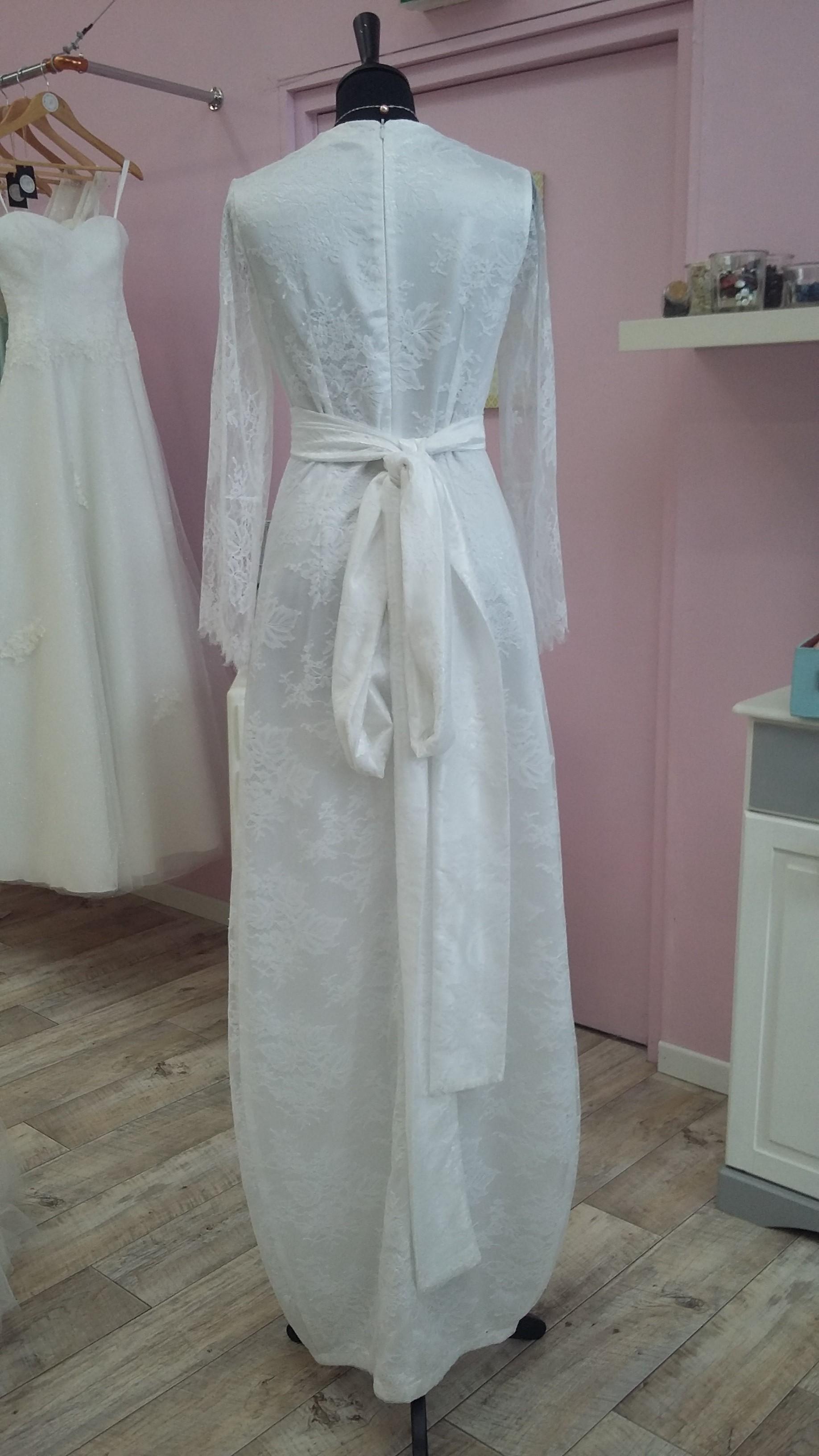 Robe de mariée à domicile - CHANTILLY - Robe fluide et legere - Cholet - boutique de mariage - créateur