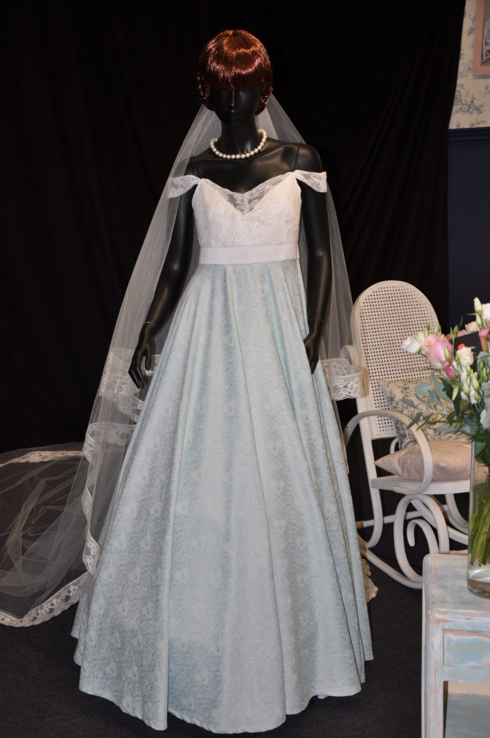 Robe de mariée à domicile - Coline - robe de mariée de couleur - Boutique de mariage de créateurs Cholet, herbiers, nantes, bressuire, Chemillé