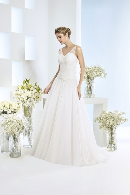Robe de mariée à domicile - Just for You - Robe de mariée princesse Eséam