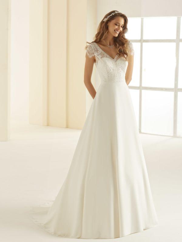 Robe de mariée Fluide et dentelle Cholet ESEAM